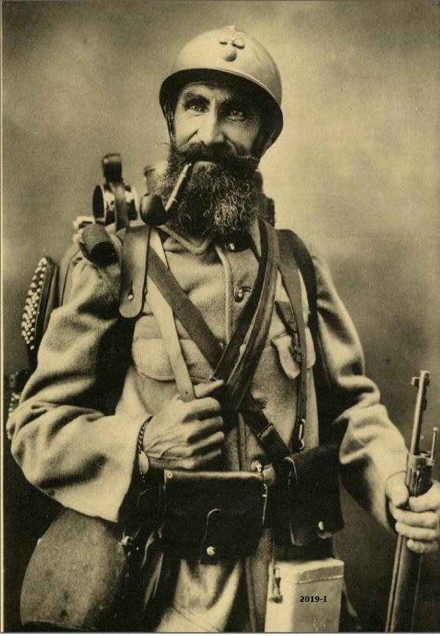 Cubierta de Soldado de la infantería francesa [Le Poilu], 1914-1915 (Cartas al Rey: la mediación humanitaria de Alfonso XIII en la Gran Guerra)